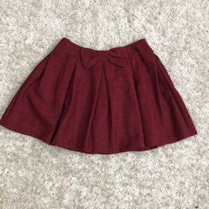 Dresses & Skirts - Burgundy skirt with bow